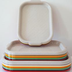 Поднос пластиковый прямоугольный, размер и цвет в ассорт.